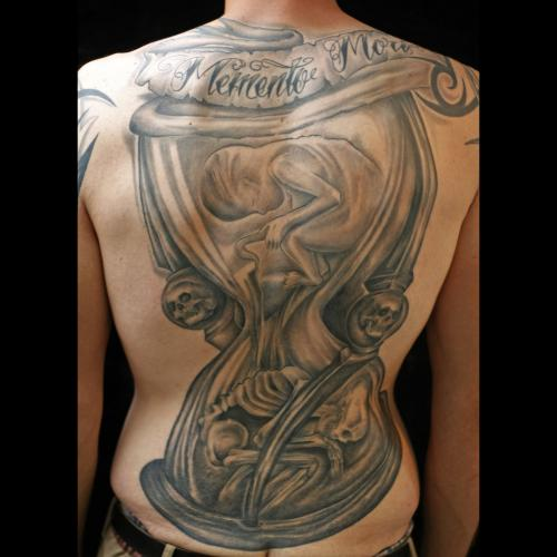 Kultvoll + Tattoo und Piercing Studio in Gütersloh